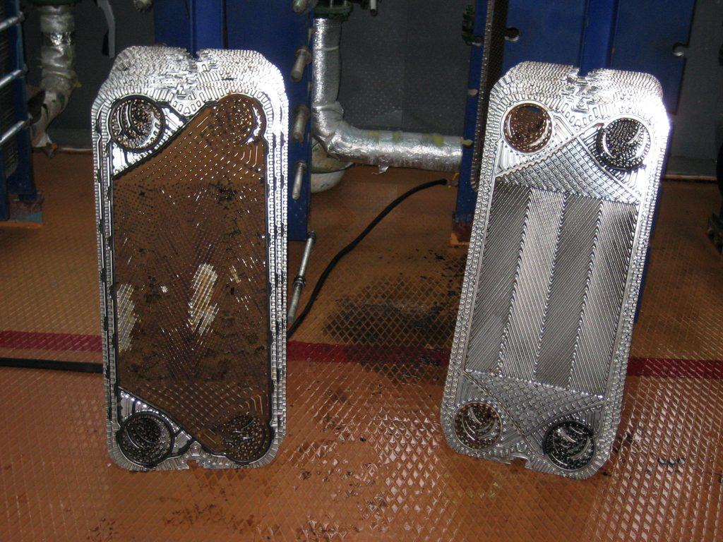 Теплообменник до и после промывки